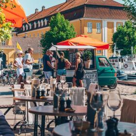 Restaurant Unidici Christianshavn in the summer